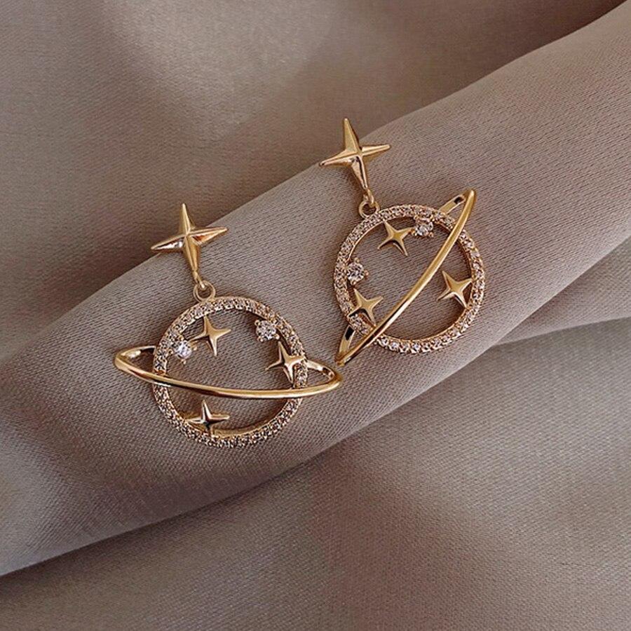 2021 Korean Hot Fashion Jewelry Fresh Cute Hook Drop Oil Flower Stud Earrings Elegant Simulated Pearl Crystal Earrings for Women
