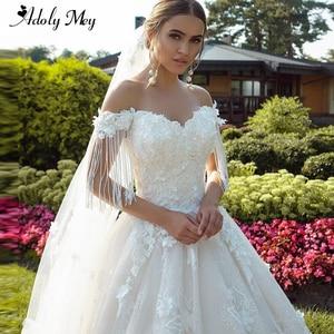 Image 1 - Новое Очаровательное свадебное платье, вырез сердечком бисер A Line 2020 Великолепные Цветы Аппликации Кружева со шлейфом принцесса свадебное платье