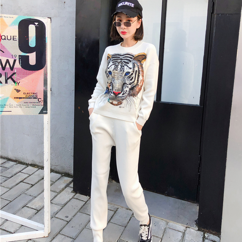 Knitted 2 Two Piece Set Pant Suits Tracksuit For Women Outfits Beading Tiger Warm Sweater Loose Trousers Wihite Matching Clothes