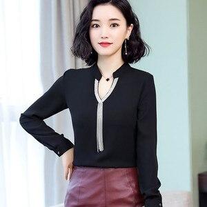 Image 2 - ¡Primavera 2019! Nueva camisa de chifón a la moda para mujer, cuello en V, manga larga, blusas entalladas con carácter, blusas de oficina para mujer, tops de trabajo