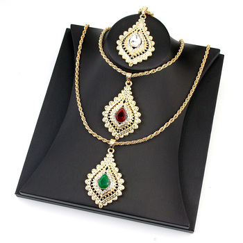 Sunspicems 2021 Chic Morocco Women Crystal Pendant Necklace Gold Color Rhinestone Arabic Ethnic Banquet Wedding Jewelry Gift 1