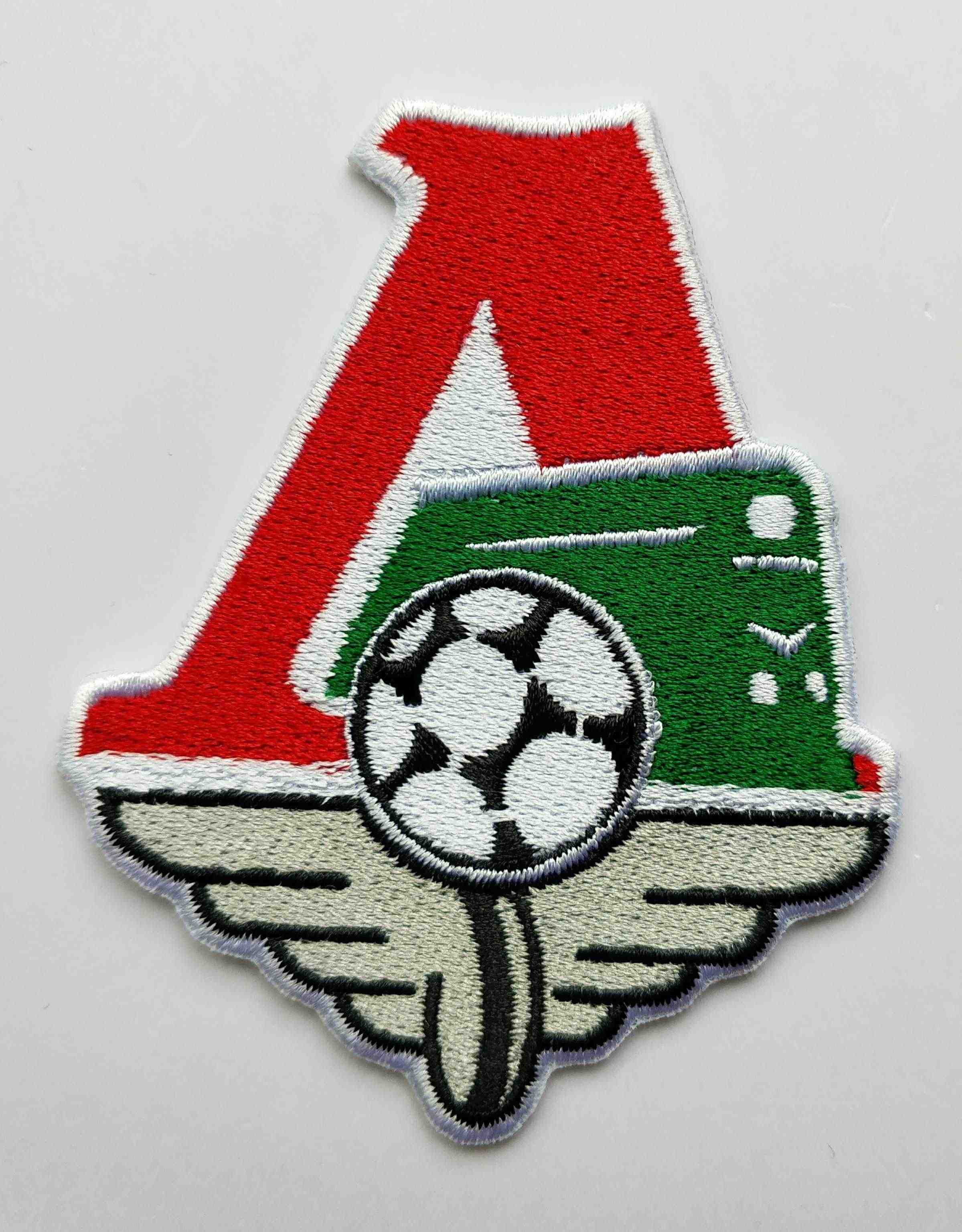 2pcs/lot Football soccer fussball club Team Lokomotiv Moscow logo iron on Patch Aufnaeher Applique Buegelbild Embroidered badge