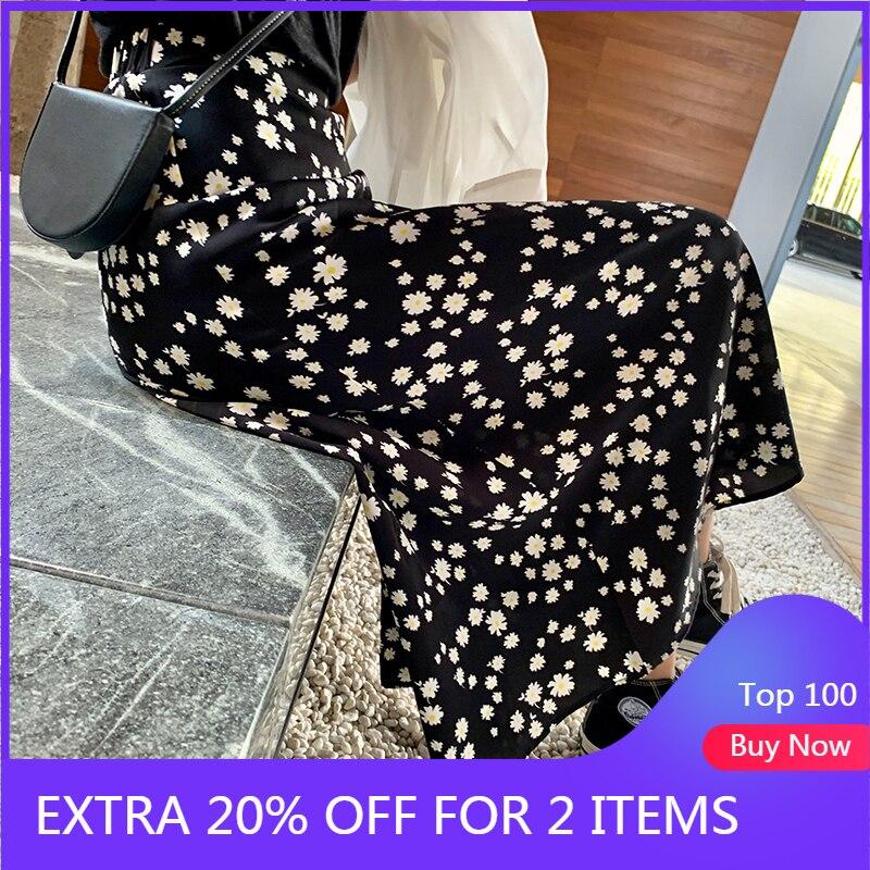 MISHOW 2020 New Spring Skirts Women Fashion Loose Slim Mid-Calf Floral Printed A-Line Elegant Female Bottom MX20B1738