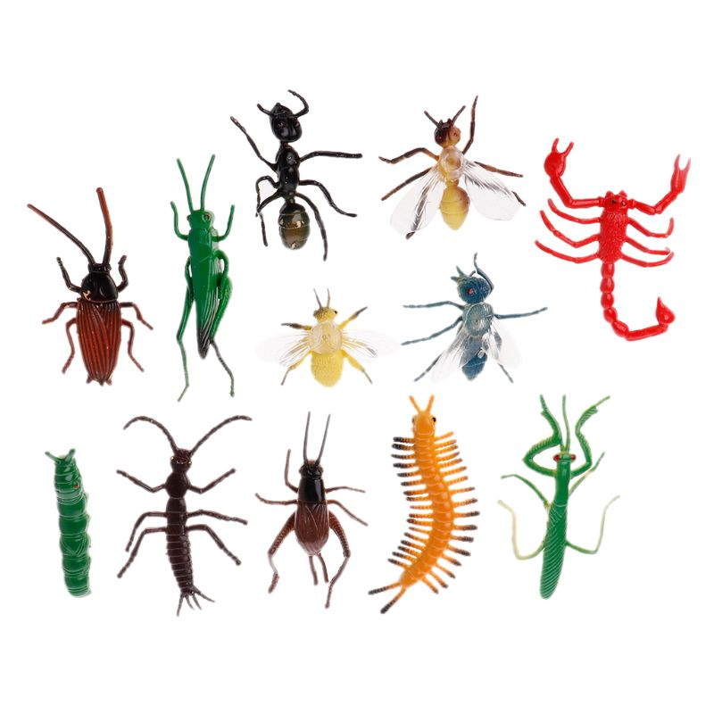 12Pcs Insect Models Plastic Cockroach Joke Gags Plastic Bugs Halloween Gadget Education Toy