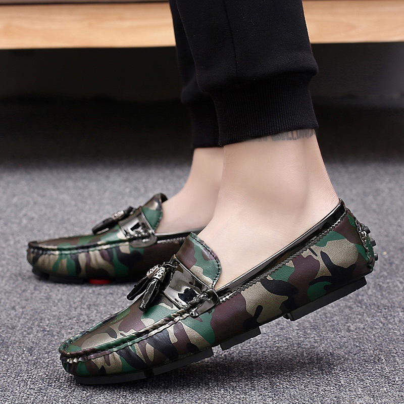 Men's Casual Shoes British Style Moccasins Leather Flats Zapatos Hombre Loafers Footwear Men Winter&Sping Chaussures S21-03