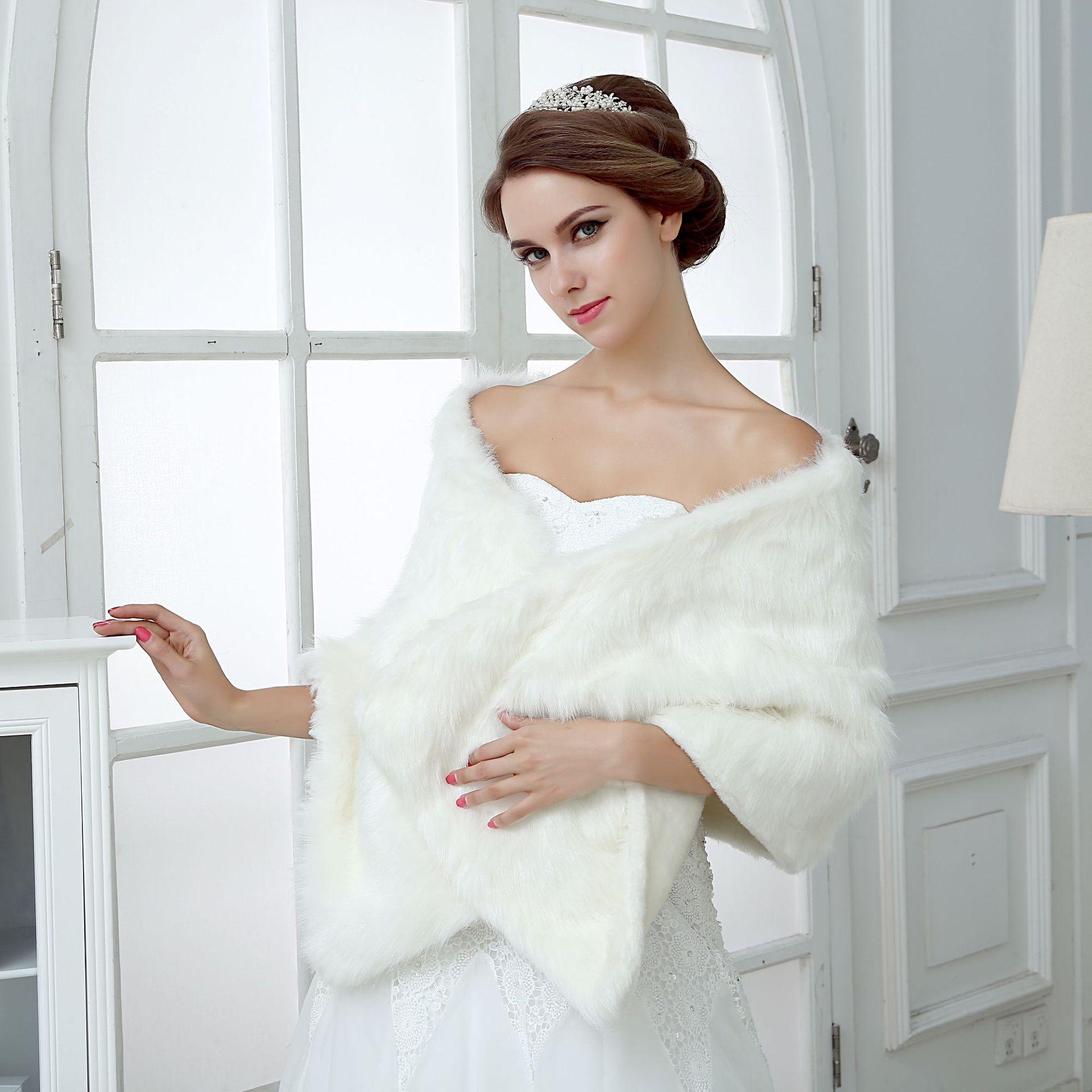 шарклеты накидка для свадебного платья фото нестандартную очаровательную романтическую