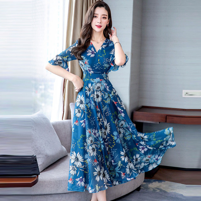 Light and airy summer dress, elbow sleeves calf length 1
