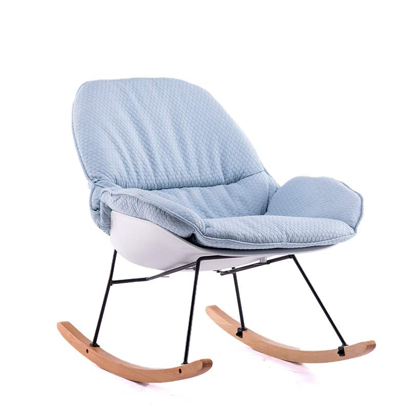 Galleria fotografica Nordic legno sedia a dondolo pigro divano balcone per il tempo libero sedia a dondolo divano sedia semplice pisolino sedia