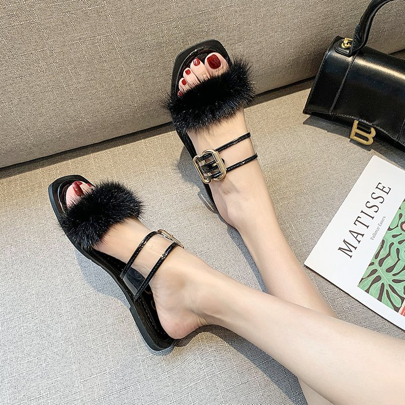 Fashionable wearing plush slippers female 2020 new summer word square head flat sandals and slippers wild plush shoes X101