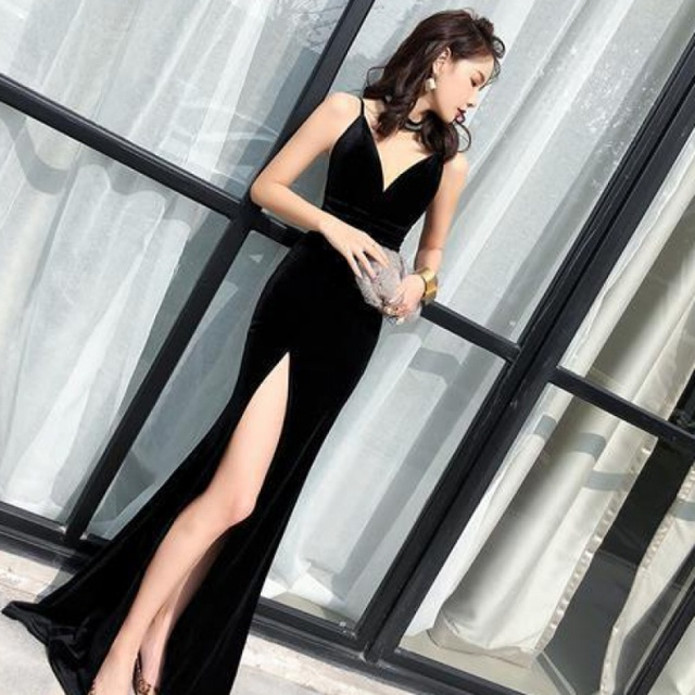 Female 2020 Fashion Sexy Aura Sling Queen Temperament Red   V-neck Office Lady  Polyester  Sleeveless 5