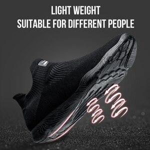 Image 4 - Onemix sapatos masculinos tênis esportivos 2019 nova meia sapatos malha respirável sapatos de caminhada formadores luz deslizamento sobre zapatillas hombre