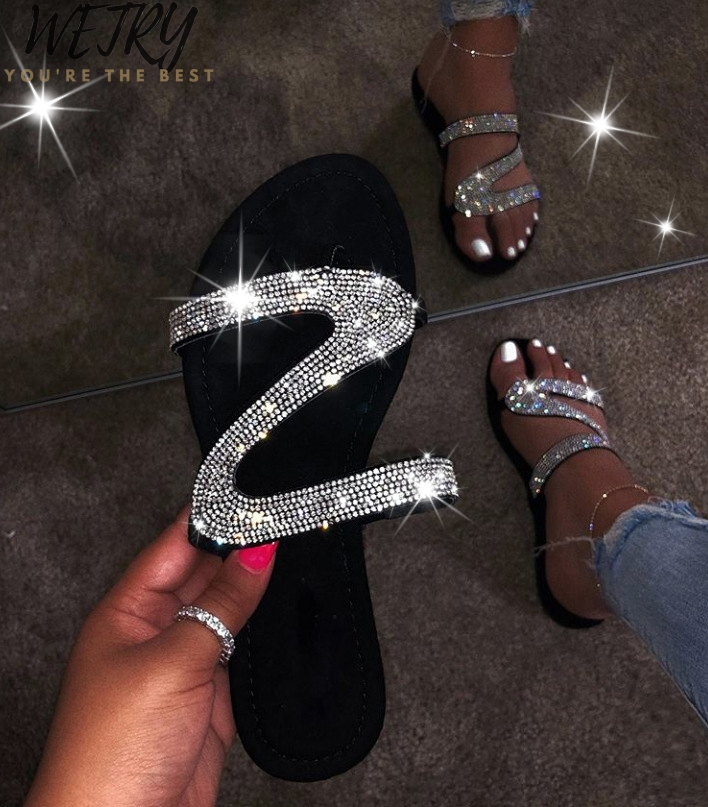 Beach Slippers Home Fashion  Slippers Winter New Bright Diamond Sandals Female 2020 Flip Flop Flat With Interior Slippers