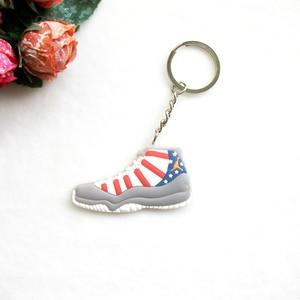 Image 4 - سيارة مفتاح سلسلة صغيرة سيليكون الأردن 11 حقيبة سلسلة مفاتيح حلية امرأة الرجال الاطفال حلقة رئيسية الهدايا حذاء رياضة مفتاح الملحقات الأحذية
