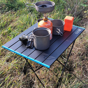 Przenośne stoliki kempingowe z stół aluminiowy Top twardy składany stół w torbie na piknik obóz impreza plenerowa tanie i dobre opinie Lighten Up CN (pochodzenie)