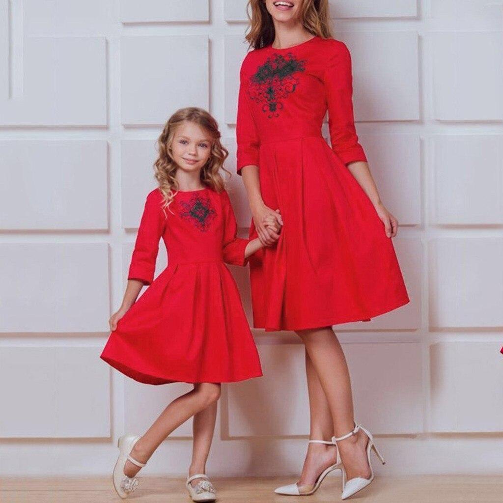 Christmas Clothing Christmas Women Mom Printed Three Quater Sleeve Family Clothes Girls Red Mini Dress Ropa Navidad Vestidos