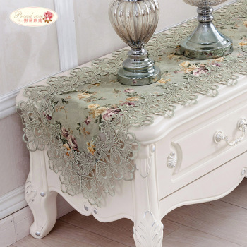 цена на Proud Rose Embroidery Table Runner Lace Table Runner Bed Flag TV Cabinet Cover Cloth Pastoral Table Flag Table Cloth Home Decor