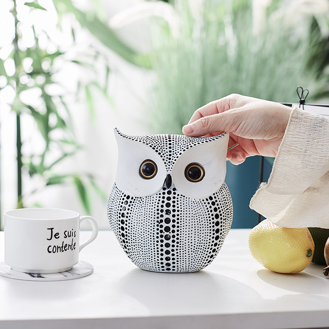 Nordic Style Minimalist Crafts White and Black Owl Animal Figurines Resin Statue Home Decoration Miniature Living Room Ornaments 5