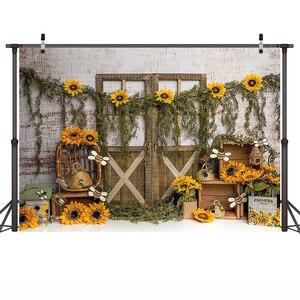 Image 3 - خلفية تصوير مع باب خشبي لحديثي الولادة ، عباد الشمس ، خلفية لحديثي الولادة ، نحلة صغيرة ، كعكة عيد ميلاد ، خلفية عسلي ، استوديو صور