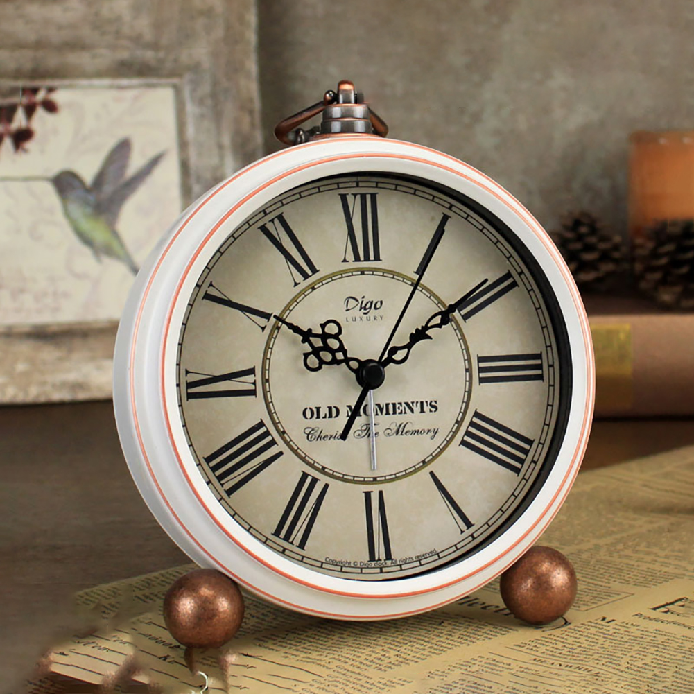 Desktop Ornaments Gift Practical Home Decor Battery Operated Exquisite Living Room Bedroom Metal Roman Numerals Vintage Clock