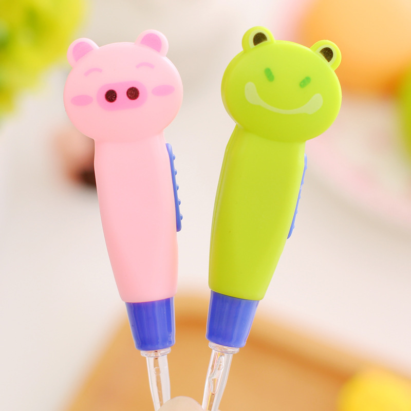 Baby Care Ear Spoon With Light Child Ears Cleaning Tools Baby Cartoon Earwax Spoon Digging Luminous Dig Ear Spoon Send Randomly