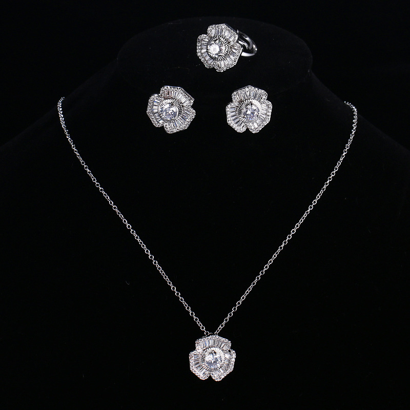 Japanese Korean Elegant Hawthorn Flower Zircon Three-piece Set-Nobility Banquet Party Jewelry