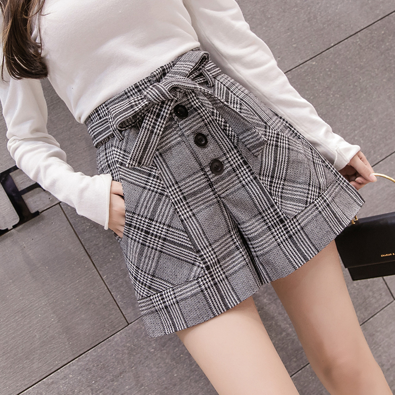 Vintage Plaid Women Wool Shorts Korean Chic Lace-Up High Waist Wide Leg Shorts 2019 Autumn Winter Ladies Elegant Woolen Shorts