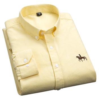 AOLIWEN mężczyźni 100 bawełna tkanina Oxford żółty Solid Color z długim rękawem przeciwzmarszczkowa miękka wiosenna jesień Casual elegancka typu Slim Shirt tanie i dobre opinie CN (pochodzenie) COTTON KOSZULE CODZIENNE Pełne Wykładany kołnierzyk Jednorzędowe REGULAR 6LLK-GC4-GN Na co dzień Stałe