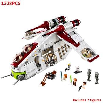 цена на limited Edition Star Wars Republic Gunship Building Blocks Movie Model Sets Bricks Classic For Children Gift Toys compatible 750