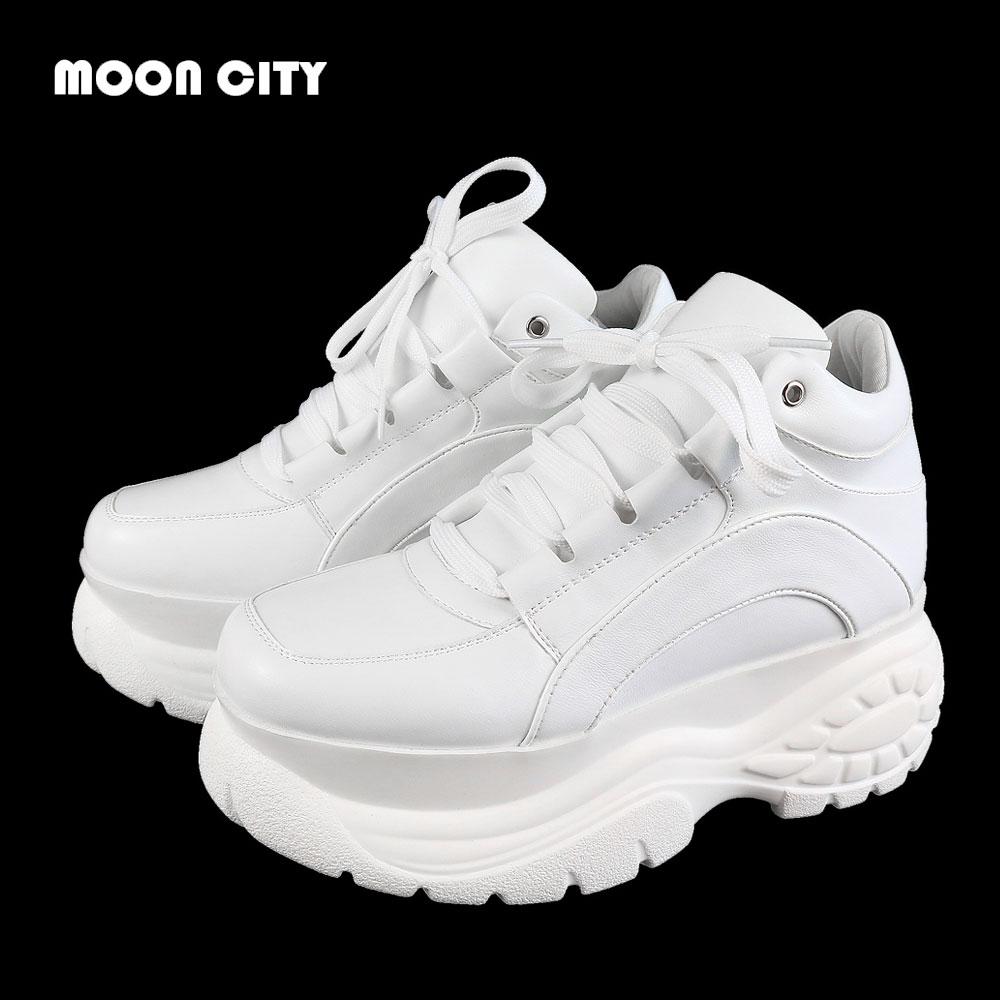 US $27.0 55% OFF|2020 białe modne damskie platformy trampki skórzane przyczynowe damskie grube trampki kobieta wysokie PU czarne sportowe buty