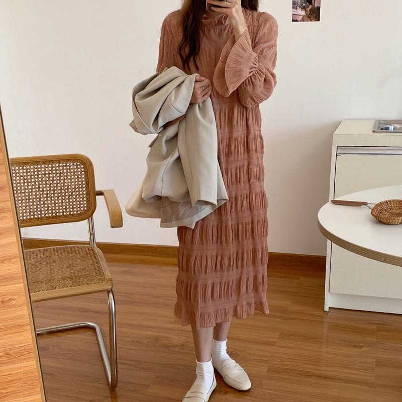 H5c0ea1c504dc49eeb0b61735805c3a75Q - Autumn Korean O-Neck Flare Long Sleeves Chiffon Pleated Midi Dress