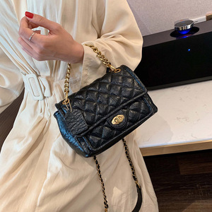 Image 5 - Luxury Handbags PU Leather Chain Designer Crossbody Bags for Women 2019 Small Shoulder Messenger Bag Female Travel Lock Handbags