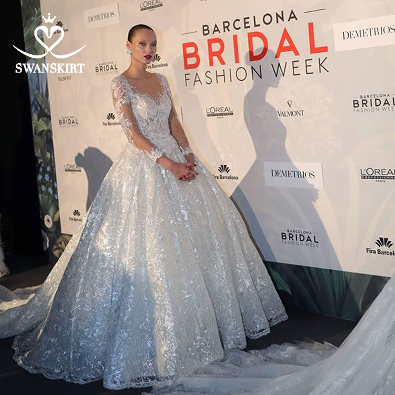Luxury Long Sleeve Wedding Dress 2019 Swanskirt Sweetheart Appliques Tulle Ball Gown Princess Bridal Gown Robe De Mariage U144-in Wedding Dresses from Weddings & Events