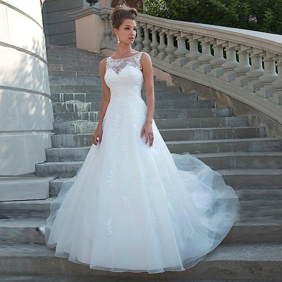 Chic Tulle Scoop Neckline Natural Waistline A-line Wedding Dress Lace Applique With Beading Bridal Dress