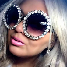Fashion Crystal Diamond Round Oversized Sunglasses Women Brand Luxury Ladies vintage for Shades Party UV400