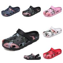 2020 Men Sandals Crocks Summer Hole Shoes Crok Rubber Clogs Men EVA Unisex Garden Shoes Black Crocse