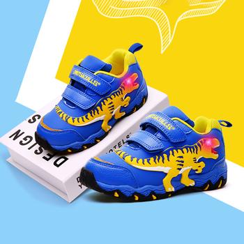 Dinskulls dzieci chłopcy buty LED 3D dinozaur Casual trampki dla dzieci zapalają się 2020 Baby Boy trenerzy świecące buty sportowe tanie i dobre opinie DINOSKULLS 13-24m 25-36m 3-6y CN (pochodzenie) Wiosna i jesień Mężczyzna Dobrze pasuje do rozmiaru wybierz swój normalny rozmiar