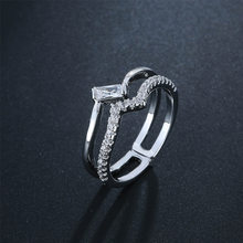 Simple Wavy Wedding Rings For Women Charms Queen Princess Ring Round Stone Bridal Engagement Jewelry Drop Shipping(China)
