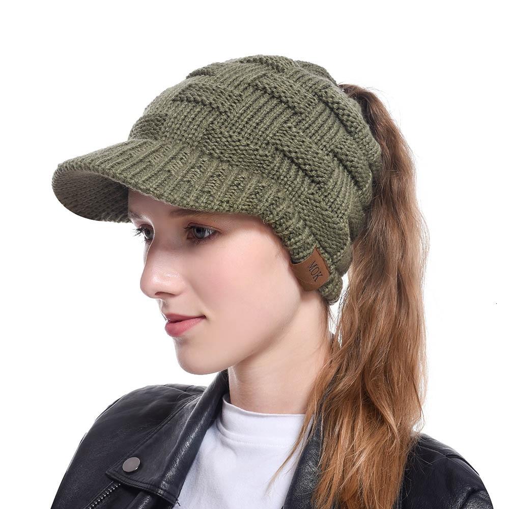 100% Merino Wool Newsboy Cap Winter Hat Visor Beret Cold Weather Knitted