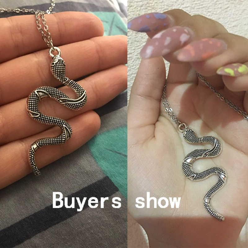 ヘビのネックレス新動物ヘビブラブラ女性ペンダントネックレスミニマリストスタイル合金トレンディな女性の誕生日の宝石ビジューギフト