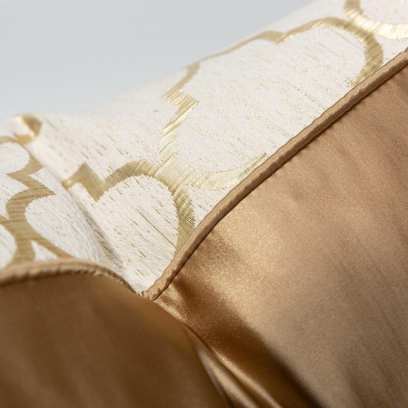 Coussin nordique de luxe champagne
