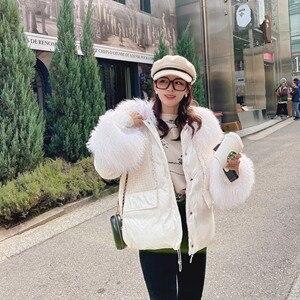 Image 2 - Женский пуховик на 90% утином пуху MISHOW, белый толстый короткий пуховик с капюшоном и меховым воротником, MX19D8869, зима 2019