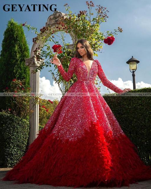 Luxo vermelho penas vestido de baile dubai vestidos de baile manga comprida com decote em v sem costas árabe formal vestido 2020 elegante feminino vestido de noite