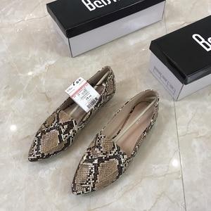 Image 3 - Womens flat Shoes autumn 2019 New Fashion Serpentine Flat soled Single Shoes Large Size Womens Shoes 41