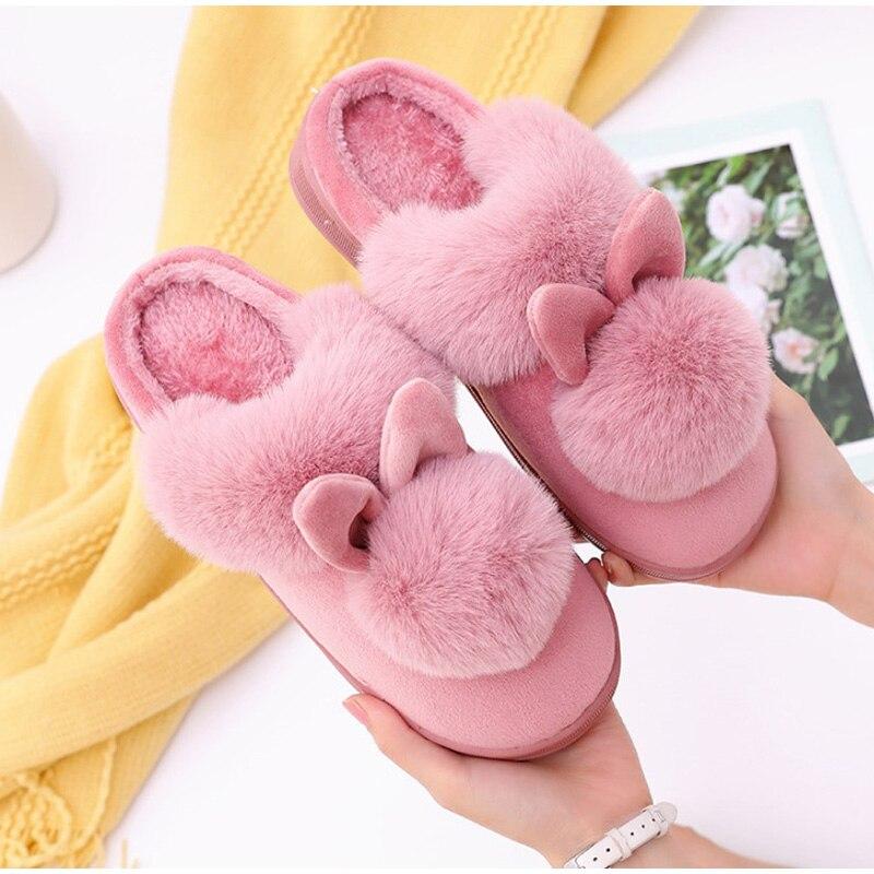 H5c2c9c0748c044c4b7e5a0635334d5ceb Chinelos de inverno feminino de veludo neve chinelo indoor casa sapatos plus size senhoras macio conforto sapatos peludo orelhas coelho pelúcia