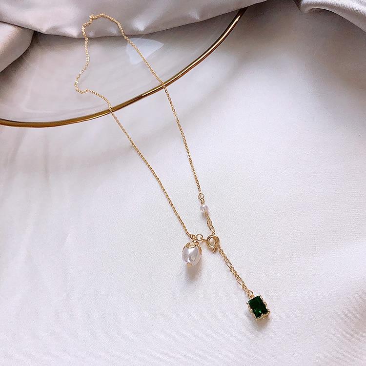 2020 South Korea New Green Pearl Pendant Necklace Delicate Elegant Clavicle Chain Geometric Simple Neck Chain