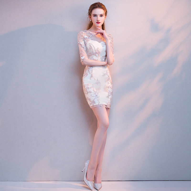 2020 Chinese Dress Traditional Women Vintage Cheongsam Bride Hollow Carved Lace Qipao Oriental Dress Retro Elegant Lace Clothes