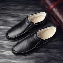 Men Plus velvet Loafers Shoes Genuine Leather shoes Business Casual Classic Soft Moccasins Breathable Flats %8701