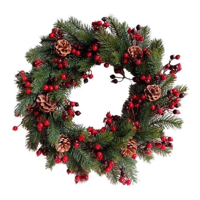 Декорированный искусственный Рождественский венок, зеленые ветви с сосновыми шишками, красные ягоды, внутреннее/наружное Рождественское украшение 45 см