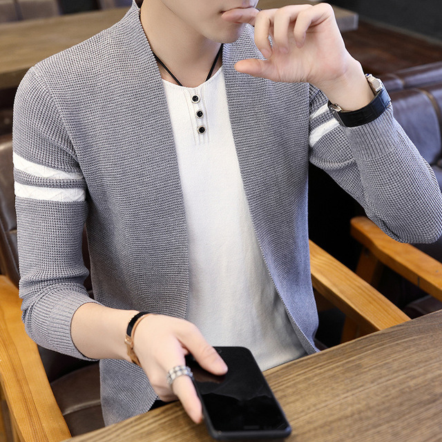 2021 Men's Autumn Striped Sweater Youth Fashion Casual Sweater 1