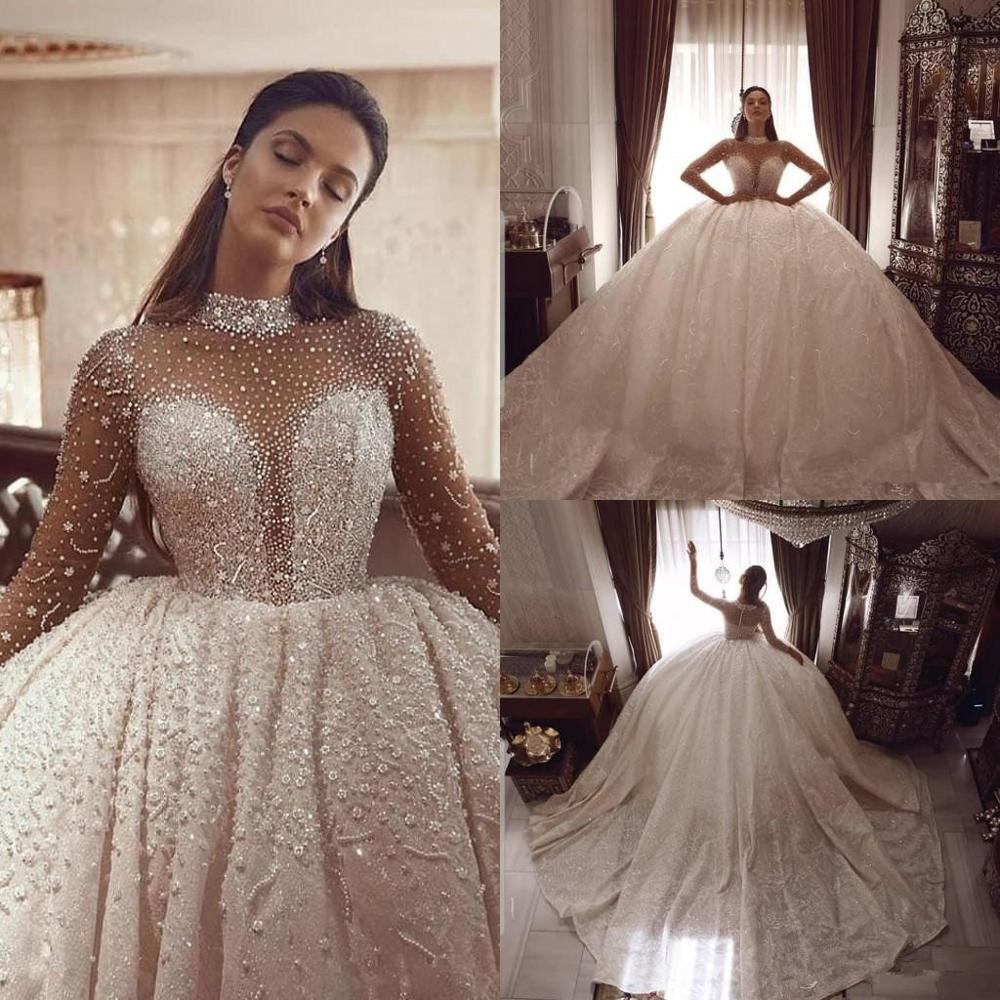 Luxurious Beading Ball Gown Wedding Dresses Long Sleeves Crystal High Collar Plus Size Arabic Bridal Gowns Vintage Robe De Marie